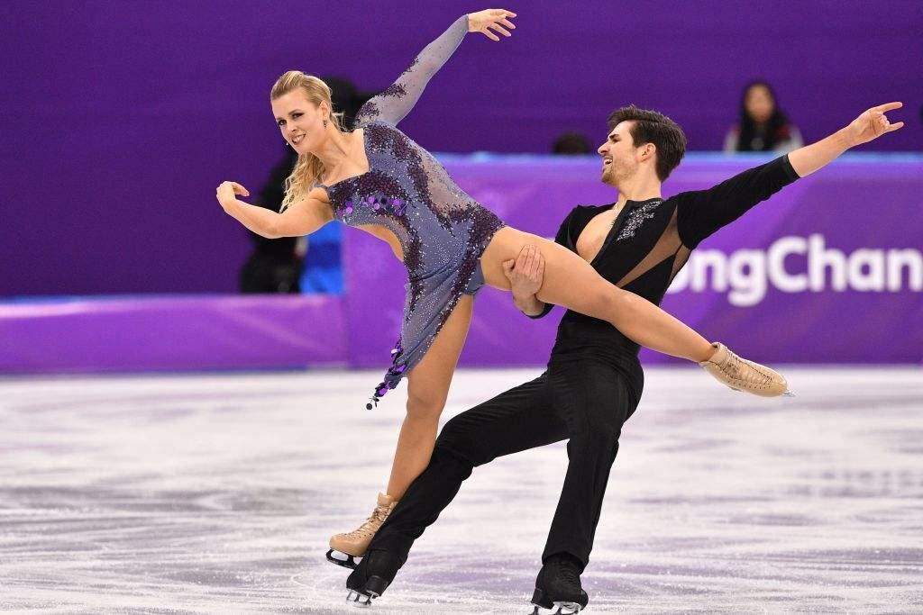 日本夫妇美国人Mayiya Shibutani和Alex Shibutani