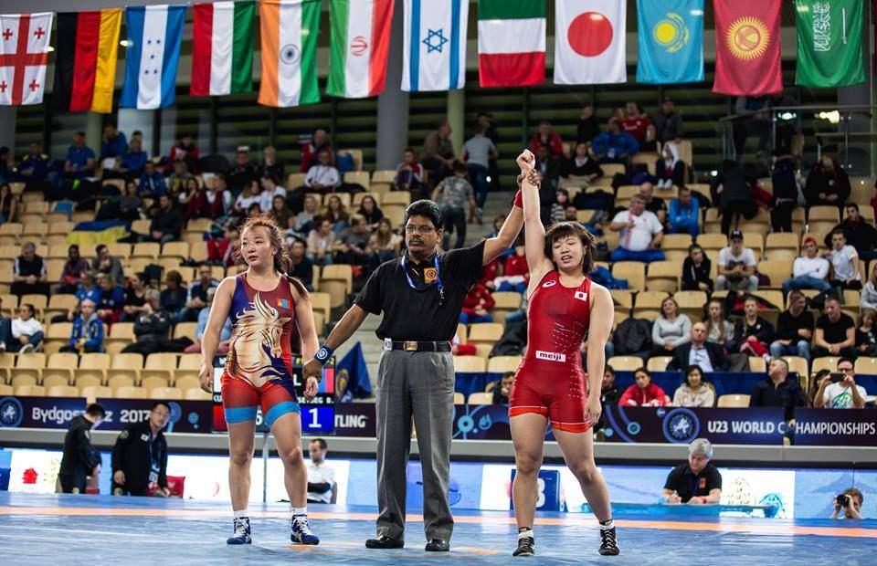 A.Battsetseg以女子自由式摔跤冠军World The 23获得58公斤级银牌