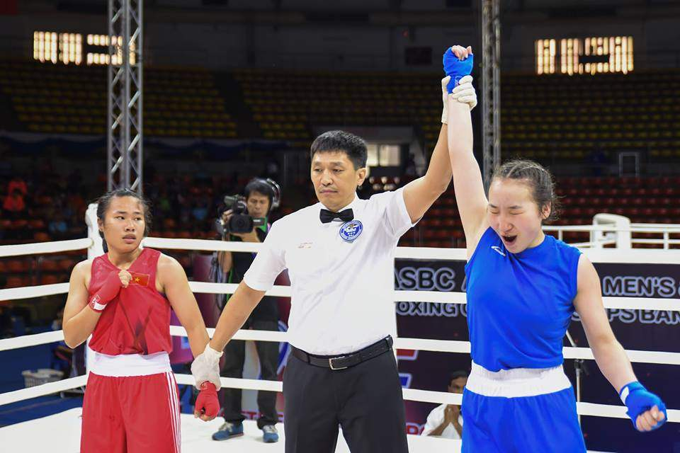 E.Mysersma参加了54公斤的女性比赛