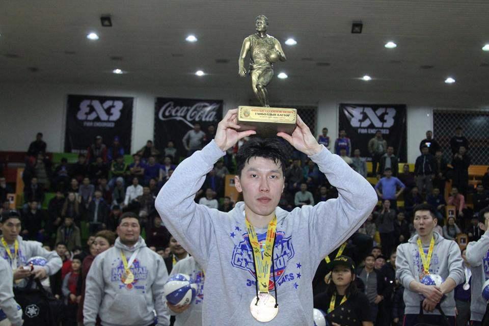 自由MVP:GANBOLD的战斗(由金黄金爱)