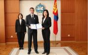 Mongolian President awards FIBA 3×3 executive