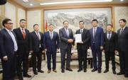 Virus Front-Line: Mongolian businessmen donate money to China