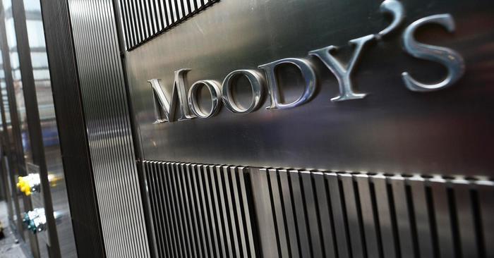 Moody's нь Standard & Poor's, Fitch агентлагууд нь дэлхийд хүлээн зөвшөөрөгдсөн зэрэглэл тогтоогч байгууллагууд бөгөөд нэр хүнд бүхий шинжээчдийн дүн шинжилгээнд үндэслэн рейтингийг тогтоодог.