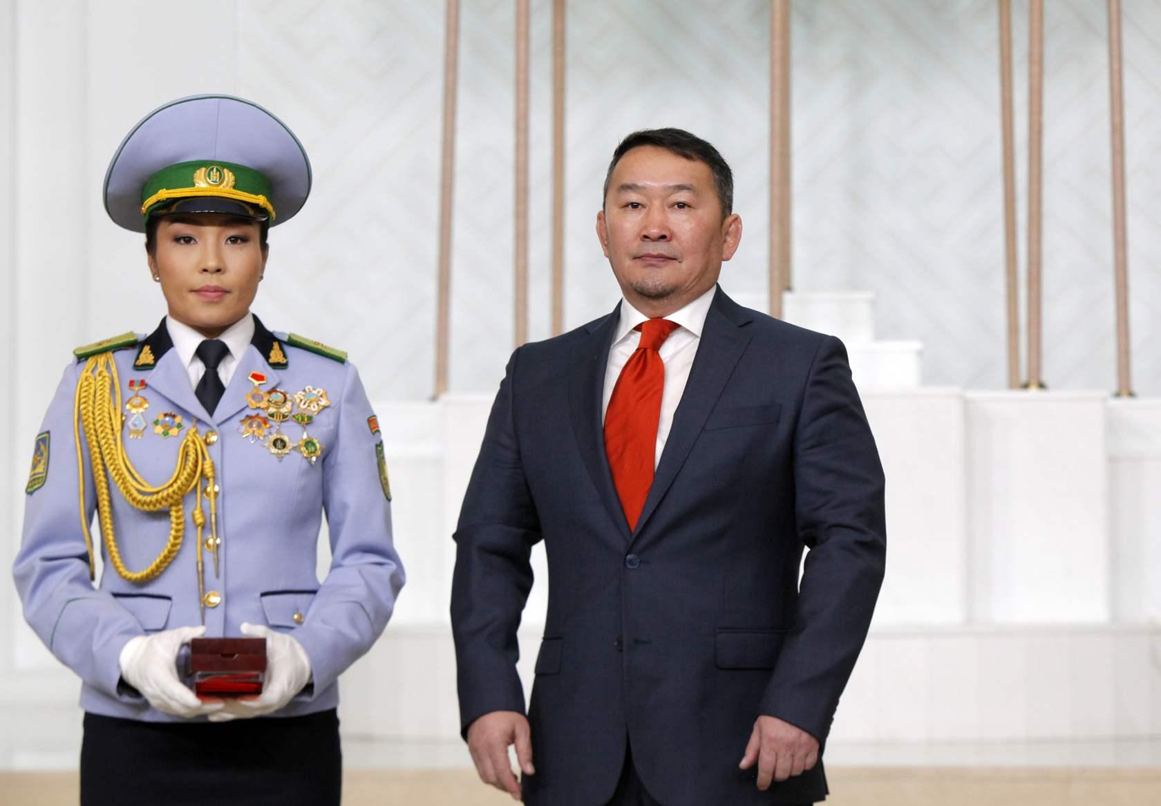 Монгол Улсын Хөдөлмөрийн баатар Д. Сумъяа