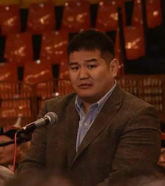 Монголын Үндэсний бөхийн холбоны гүйцэтгэх захиралаар улсын заан Болдын Сайнбаяр сонгогдлоо. Тэрбээр Өвөрхангай аймгийн Баянгол сумын харьяат юм.