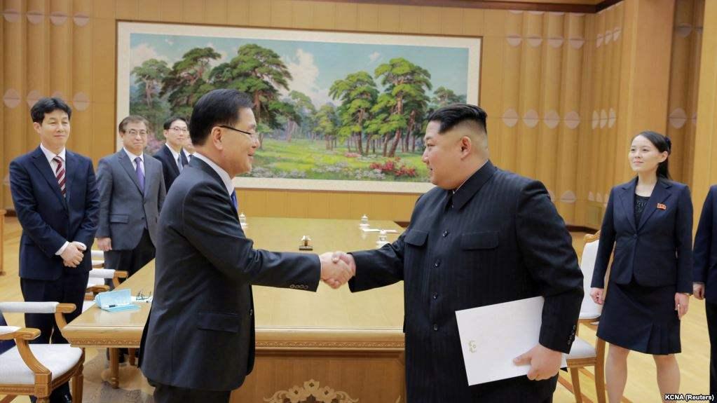 Ким  Жон Ун Өмнөд Солонгосын тусгай төлөөлөгчдийг хүлээн авч уулзав
