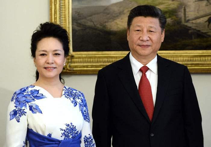 Си Жиньпиний эхнэр Пен Лиюаний хамт