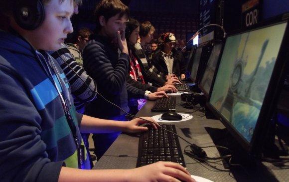 ОХУ компьютер тоглоомын салбараа хөгжүүлнэ