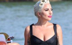 Алдартай дуучин Lady Gaga