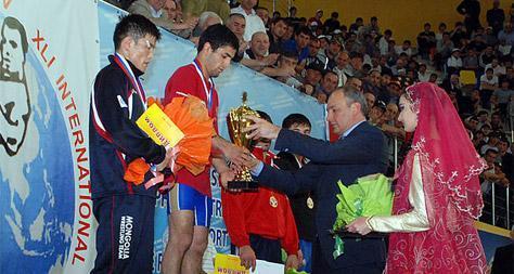 Б.Наранбаатар мөнгөн медаль хүртлээ