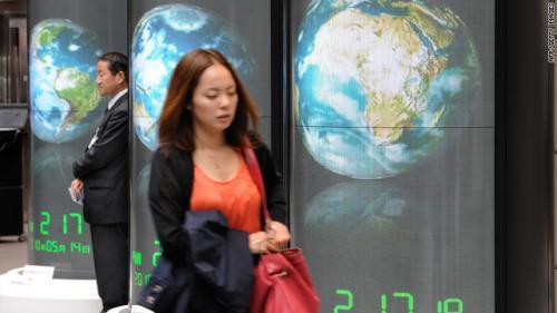 Эмэгтэйчүүд ажил хийвэл эдийн засагт тустай гэв