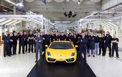 10 мянга дахь Lamborghini үйлдвэрээс гарлаа