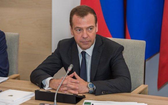 Д.Медведев мэндчилгээ ирүүлэв