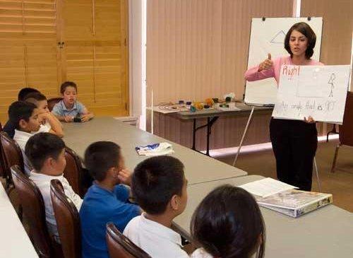 Америкийн Монгол хүүхдүүд: Боловсрол