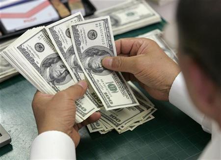 Доллар 2008 төгрөг хүрчээ