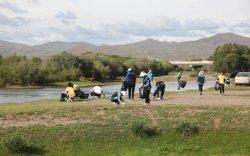 Туул, Улиастайн гол дагуух хогийг цэвэрлэнэ