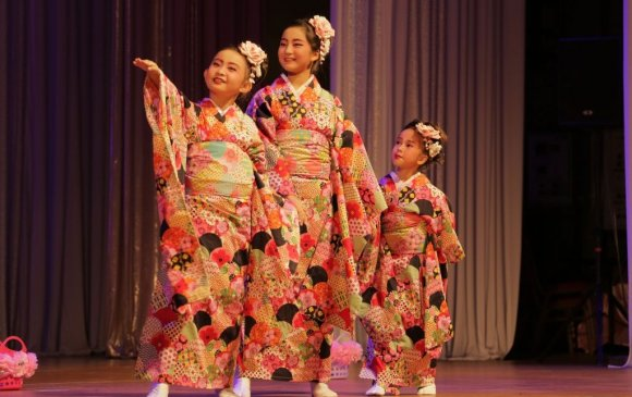 Японы үндэсний урлагийн тоглолт боллоо