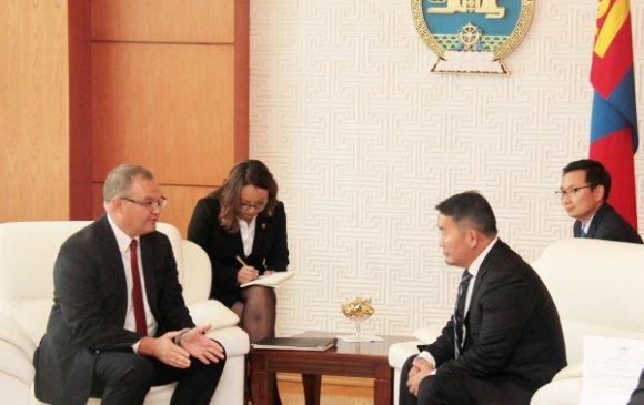 Дэлхийн банкны Монгол дахь суурин төлөөлөгч Жэймс Андерсоныг хүлээн авч уулзав