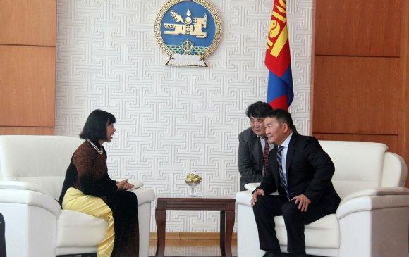 Элчин сайд Доан Тхи Хыөнг ИЖБ барив
