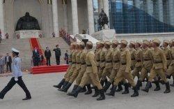 Ньюс хөтөч: Төрийн далбааны өдөрт зориулсан цэргийн ёслолын жагсаал болно