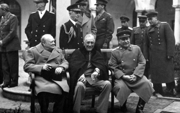 Дэлхийн II дайн ба Монгол Улсын тусгаар тогтнол