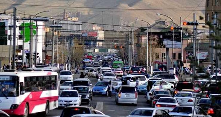 Замын түгжрэлийг бууруулах дараах аргуудын алийг нь дэмжих вэ?