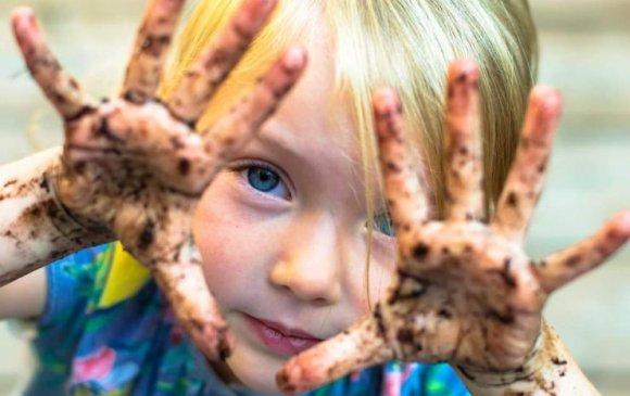 Хэт цэвэр орчин хүүхдийн дархлаанд муугаар нөлөөлдөг