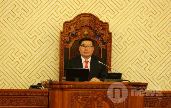 Г.Занданшатар Монголын багш нарын VII их хурлын төлөөлөгчдөд мэндчилгээ дэвшүүллээ