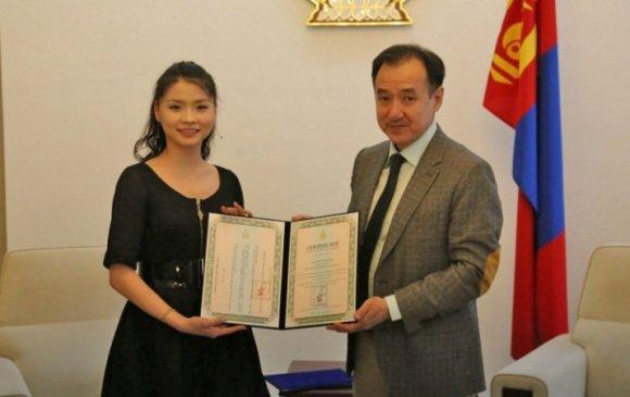 О.Анужин Монгол Улсын Соёлын элч болов