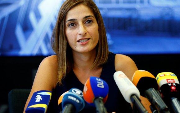 Туркт хоригдож байсан Герман сэтгүүлч эх орондоо иржээ