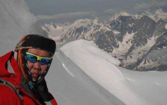 Монгол хүн хойд туйлд хөл тавилаа /2013.04.20/