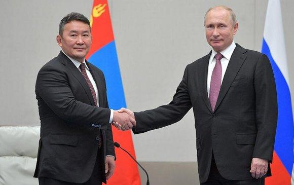 Ирэх есдүгээр сард Путин Баттулга нар уулзана