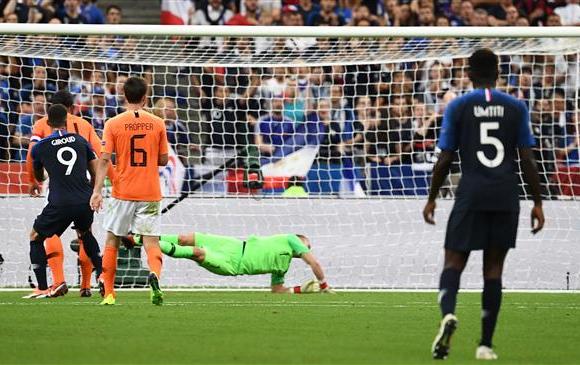 Франц хоёр дахь хожлоо авч хэсгээ тэргүүлж байна