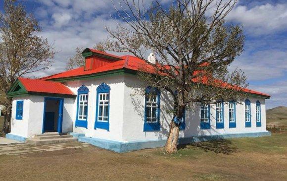 100 жилийн түүхтэй анхны бага сургууль музей боллоо