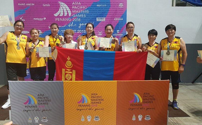 Азийн мастер тамирчдын анхдугаар их наадмаас алтан медаль хүртжээ