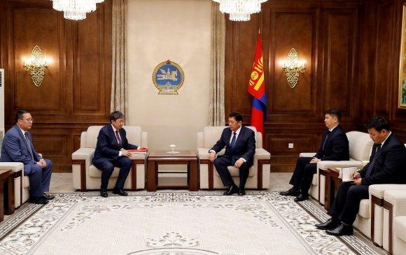 Монгол Улсын 2019 оны төсвийн тухай хуулийн төслийг өргөн барилаа