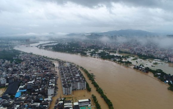 Далайн шуурга Хятадад тэрбум ам.долларын хохирол учруулав
