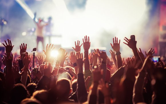 Сиднэйд хөгжмийн наадам зохион байгуулахыг хориглолоо