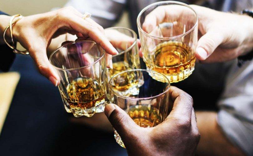 20 хүн тутмын нэг нь архинаас болж нас барж байна