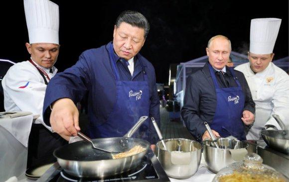 Ши дарга Путинтэй хамт бин хайрав