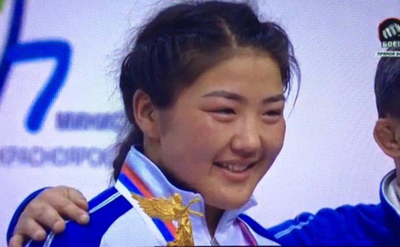 Алтан медалиа хураалгаснаас болж, Монголын амжилт ухрав