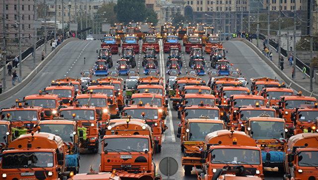 Москвагийн гудамж, замуудыг шампуниар угаана