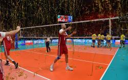 Польшууд аваргаа хамгаалж, дэлхийн аваргаас гурав дахь алтан медалиа хүртлээ