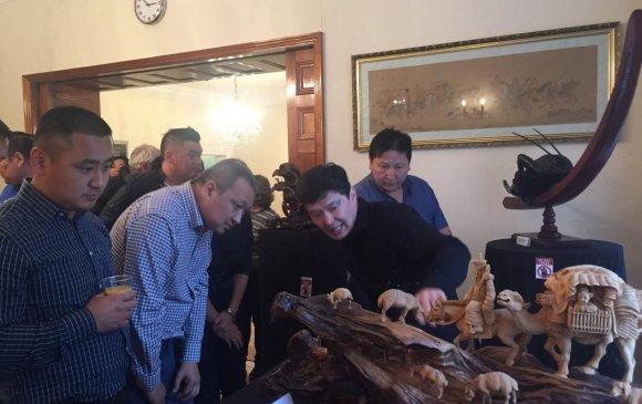 Н.Тулга Британи дахь монгол иргэдтэй танилцах уулзалт хийв