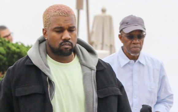 """Дуучин Kanye West-ийн бас нэгэн """"этгээд"""" үйлдэл"""