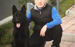 Дуучин Д.Болд нохойндоо инстаграм хаяг нээжээ