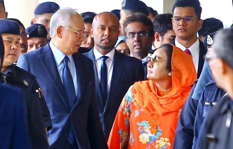 """Малайзын төрөөс хулгай хийсэн """"гэр бүл"""" ямар шийтгэл авах вэ?"""