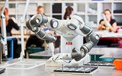 Роботууд хүний оролцоогүйгээр шинэ робот бүтээж чаддаг болно