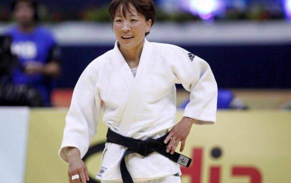 Гавьяат тамирчин М.Уранцэцэг алтан медаль хүртэв