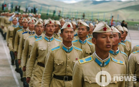 Монголд арми хэрэгтэй юү?!